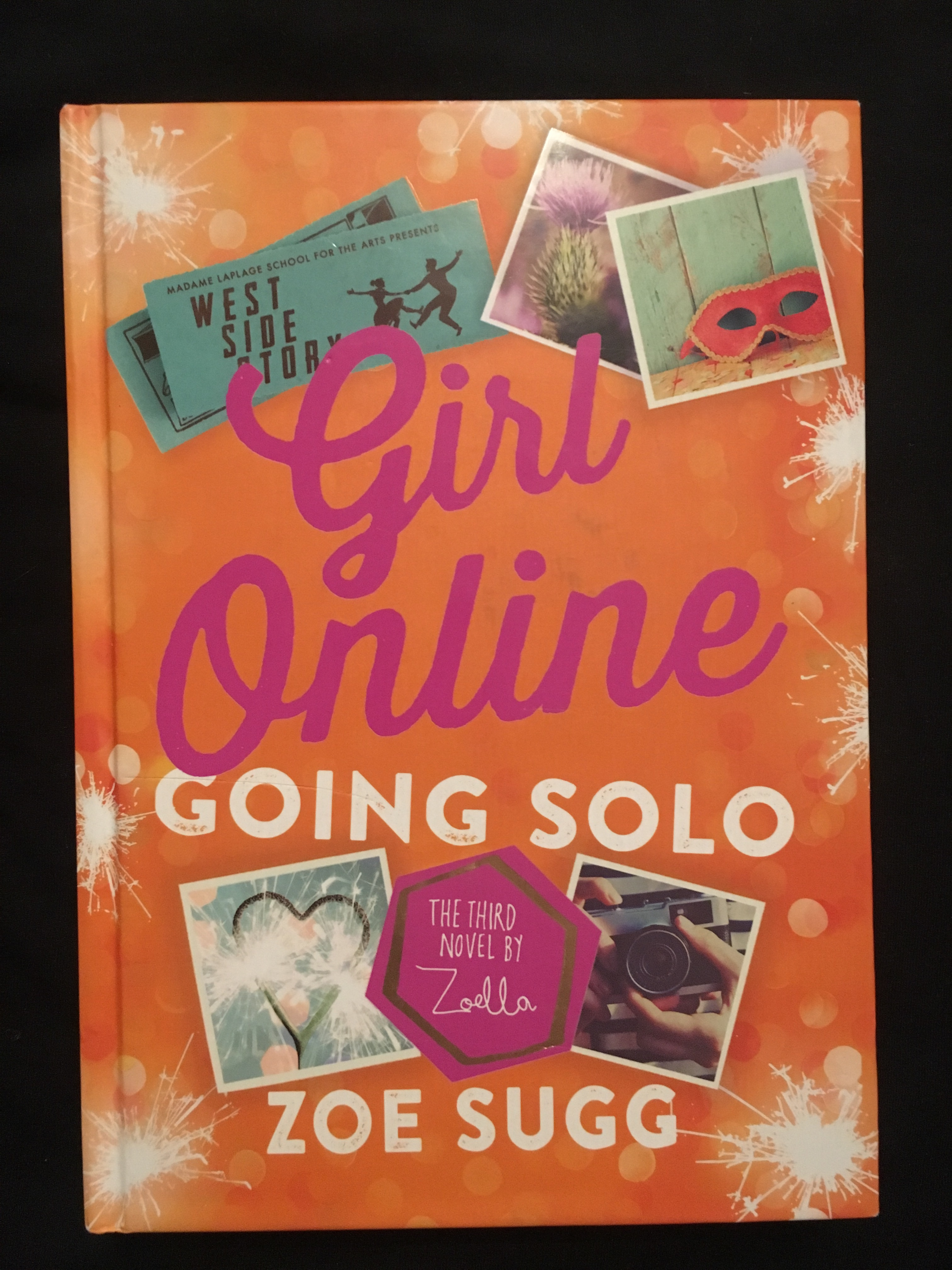 Zoe Sugg-Girls online going solo