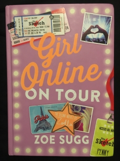 Zoe Sugg-Girls online on tour